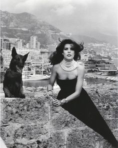 Carolina de Mónaco, by Helmut Newton.