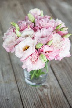 How sweet are these? Click to check out the darling Lisianthus Bouqs currently in our catalogue.