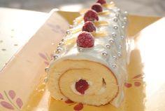 Bûche chocolat blanc fruits rouges