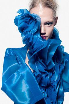 Bleu Royal, Royal Blue, Style Bleu, Pantone 2020, Blue Tones, Blue Colors, Blue Life, Blue Aesthetic, Grey Fashion