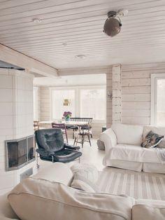 Beautiful Houses Interior, Best Interior, Beautiful Interiors, Interior Design, Norway House, Log Home Interiors, Log Home Living, Swedish Decor, Beach House Decor