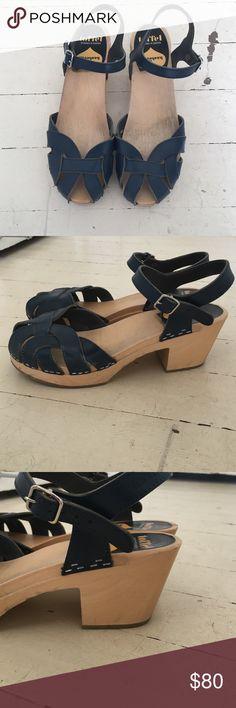 Blue Swedish Hasbeens low heel Blue Swedish Hasbeens low heel Swedish Hasbeens Shoes Mules & Clogs