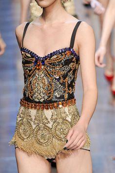 278 details photos of Dolce & Gabbana at Milan Fashion Week Spring 2012.