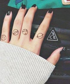 Finger Tattoos: When the Planets Align