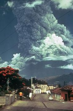 Volcán de Fuego, 1974 eruption.