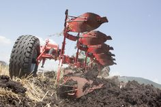 Плугове MASS - вашият незаменим помощник #плуг #плугове #plough #agro #agriculture #agribusiness #farming #machine #farm #agri #in #bulgaria #mass #агростил