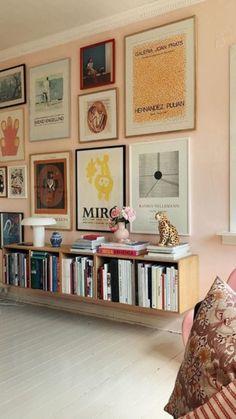 Wall collage decor living room interior design Ideas for 2019 Deco Design, Wall Design, Book Design, Design Ideas, Studio Design, Window Design, Wall Collage Decor, Art Decor, Collage Ideas