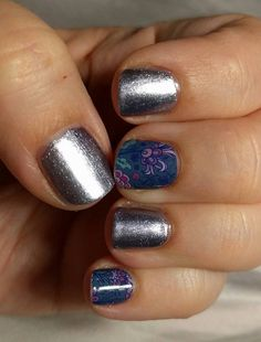 ash jamberry professional nail lacquer with a lace noir