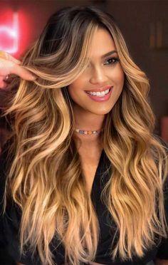 Elegant & Graceful Blonde Hair Ideas for 2020 Hot Hair Colors, Ombre Hair Color, Hair Color Dark, Cool Hair Color, Honey Brown Hair, Honey Blonde Hair, Brunette Hair, Brown Hair With Blonde Ombre, Dark Chocolate Hair Color