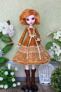 Listing includes: dress in mustard color! I can sew a similar model for different dolls 1/6 size: Blythe, Momoko, Azone pure neemo L/M/S/XS, Obitsu 25 SBH-M, Obitsu 24 small/medium bust, EverAfterHigh, Monster High with big and small body Doll on photo - Drakuloura OOAK Attention!