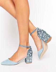 Tacones en punta SHOOTING STAR de
