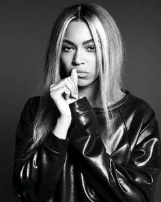 •• Beyonce Fans, Beyonce Style, Beyonce And Jay Z, Beyonce Album, Blue Ivy Carter, Destiny's Child, Cellulite, Rihanna, Beyonce Photoshoot