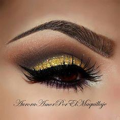 gorgeous gold glitter smokey eyeshadow  #eyes #eye #makeup #smokey #dramatic #eyeshadow