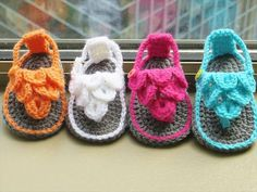 36 Gorgeous Crochet Baby Gladiator Sandals   DIY to Make