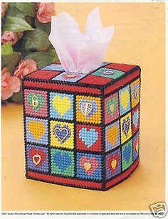 Hearts Tissue Cover ~ plastic canvas pattern ~ Valentine's Day ~ RARE