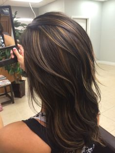 16 Trendy Ideas For Hair Color Highlights For Brunettes Low Lights Chocolates hair 361343570103984153 Brunette With Lowlights, Brown Hair With Blonde Highlights, Hair Color Highlights, Hair Color Balayage, Brown Hair With Highlights And Lowlights, Haircolor, Brown Hair Shades, Light Brown Hair, Dark Brown Hair With Low Lights