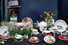 Wundervolle Tableware Highlights - Falstaff LIVING Highlights, Table Settings, Table Decorations, Tableware, Home Decor, White Rabbits, Cup And Saucer, Alice In Wonderland, Animal Themes