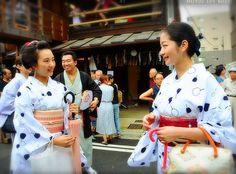 Gion Matsuri 2016: maiko Marika and geiko Satsuki in summer yukata by fuwahiromi on Instagram