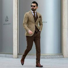 men suits fashion -- Click above VISIT link to find out Mens Fashion Suits, Mens Suits, Stylish Men, Men Casual, Gentleman Mode, Gentleman Style, Blazer Outfits Men, Classy Suits, Classy Men
