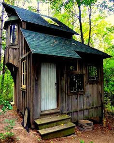 The Flying Tortoise: Zinta Aistars Gorgeous Little Rustic Cottage On The Hill...