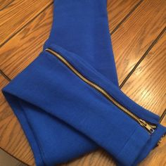 """Tea~Bags of Los Angeles leggings w/ zipper accent The most high quality and awesome leggings, almost ever!   NWT but does not have care instructions. The material is thick, very soft, and  excellent quality and there is definitely stretch to them. My best guess it is a blend and I would dry clean only! Inseam measures 31"""" and would best fit a size 4-6 Tea~Bags Los Angeles Pants Leggings"""