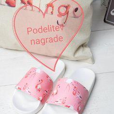 Nagrajenca, ki bosta prejela krasne roza flamingo natikače  - Nagrajenca, ki bosta prejela krasne roza flamingo natikače blagovne znamke Vices, sta Darijan Golob in  Helena Glinšek. Obema iskreno čestitamo in vaju vabimo, da se nam javita v ZS ali na info@glorialook.si GloriaLook