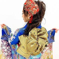 【公式】滋賀 振袖 レンタル/biwa桜 OFFICIALはInstagramを利用しています:「圧倒的可愛さの振袖専門店『biwa桜』😍  最強古典フェア開催中❣️  着物の最高峰とも言われる、桶絞り、辻ヶ花絞り、手絞り、金彩友禅など最高級古典振袖の他、人気の中村里砂新作振袖を展示❣️  7月26(日)までのスペシャル特典や、期間限定予約の高級振袖が展示中🎉🎈🎊…」 Snow White, Disney Characters, Fictional Characters, Disney Princess, Pink, Black, Instagram, Black People, Hot Pink