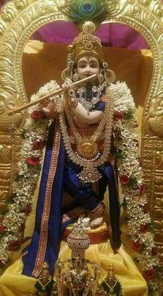 Venugopala Radha Krishna Quotes, Krishna Hindu, Krishna Leela, Krishna Statue, Mahakal Shiva, Baby Krishna, Jai Shree Krishna, Radha Krishna Images, Lord Krishna Images