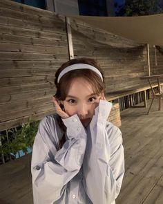 Tweets con contenido multimedia de misa •ᴗ• (@misayeon) / Twitter Extended Play, South Korean Girls, Korean Girl Groups, My Girl, Cool Girl, Nayeon Twice, Im Nayeon, Dahyun, Blackpink Fashion
