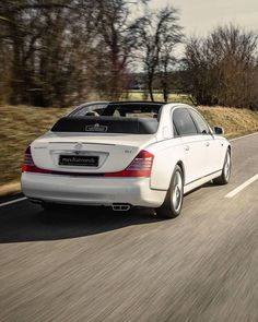 Mercedes Maybach, City Car, Places To Travel, Cars, Luxury, Vehicles, Shopping, Destinations, Autos