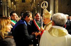 XXV anniversario dall'ordinazione di Mons. Pichierri, gli auguri del Presidente Spina http://www.corriereofanto.it/index.php/fede/2311-anniversario-pichierri-spina