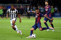 Neymar of Barcelona scores his team's third goal during the UEFA Champions League Final between Juventus and FC Barcelona at Olympiastadion on June 6, 2015 in Berlin, Germany.