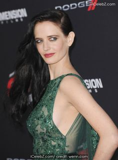 Eva Green Sin City: A Dame To Kill For Premiere held at the TCL Chinese Theatre http://icelebz.com/events/sin_city_a_dame_to_kill_for_premiere_held_at_the_tcl_chinese_theatre/photo4.html