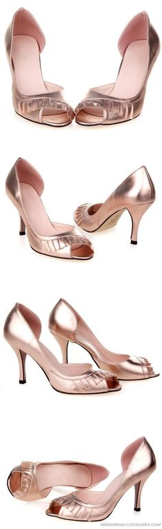 rosegold bridesmaid shoe.. Ooo really like this one!