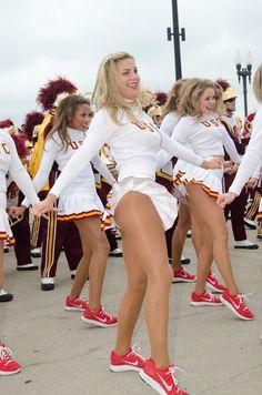Nice Cheerleader in pantyhose - http://sexypantyhose.nyloncelebs.com/cheerleaders-nice-cheerleader-girls-in-pantyhose-06/