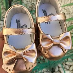 Zapatos de Bebe Niñas de Lujo Tenis Oro Rosado de Recien Nacidos Baby Boots