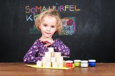 Bunte Somawürfel zum Selberbasteln, jetzt bei Kinderkistl! Triangle, Games, Gifts For Children, Gaming, Plays, Game, Toys