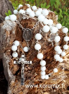 Rosary Pearl Necklace, Pearls, Bracelets, Jewelry, String Of Pearls, Jewlery, Beaded Necklace, Bijoux, Beads