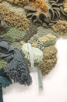 macrame carpet Upcycled carpet installation highlights plight of world's dying corals, Art Fibres Textiles, Textile Fiber Art, Textile Artists, Sculpture Textile, Fabric Manipulation Techniques, Coral Garden, Creative Textiles, Carpet Installation, Sewing Art