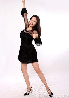Navegue na nossa galeria de fotos!  Dê uma olhada na mulher asiática: Qiaoling