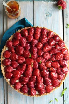 Cake Recipes, Dessert Recipes, Desserts, Raspberry, Strawberry, Food And Drink, Yummy Food, Sweets, Deserts