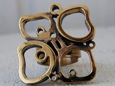 Sarpaneva ring (bronze).