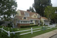 Susan's house on Wisteria Lane