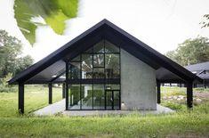 Охотничий дом (House of Hunting) в Дании от Arkitema Architects. Home Free, Shed, Gazebo, Architects, Hunting, Kiosk, Coops, Deer Hunting, Barn