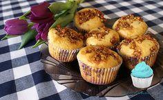 Muffiny z orzechami włoskimi z miodem