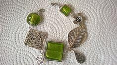 Green jewelry Asymmetrical bracelet Modern by LesBijouxLibellule Funky Jewelry, Stylish Jewelry, Modern Jewelry, Beaded Jewelry, Wire Bracelets, Bohemian Bracelets, Bohemian Jewelry, Bijoux Design, Jewelry Design