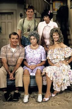 """TV Moms ~ Character: Thelma """"Mama"""" Harper Actress: Vicki Lawrence TV Show: Mama's Family (1983-1990) ~ ~ Thelma Harper, a cranky, sharp-tongued widow shared a small house with her high-strung sister Fran. Thelma's scatterbrained son Vinton moves in with his teenage children."""