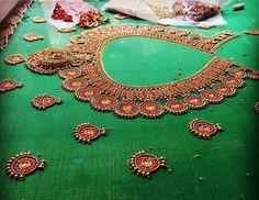 Necklace design blouse