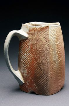 Bill Wilkey - Stout Stein See More. Pottery Mugs, Ceramic Pottery, Pottery Art, Pottery Ideas, Ceramic Plates, Ceramic Art, Expensive Art, Clay Cup, Hand Built Pottery