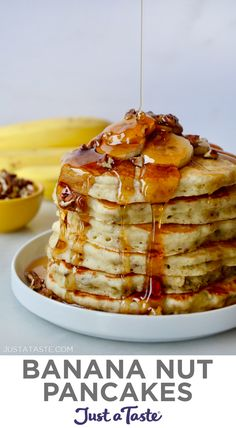 Stack of Banana Nut Pancakes topped with fresh banana slices, pecans and maple syrup; bananas and small bowl with pecans in background Banana Nut Pancakes, Pecan Pancakes, Pancakes Easy, Pancakes And Waffles, Keto Pancakes, Fruit Pancakes, Fluffy Pancakes, Pancake Recipe With Yogurt, Greek Yogurt Pancakes